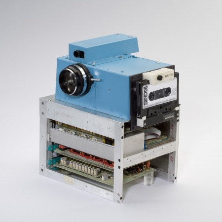 Kodak first Digital Camera 1975