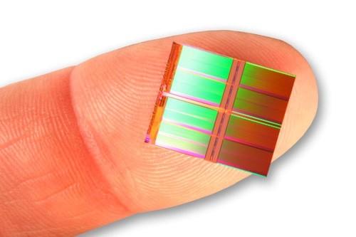 Intel 128 Gigabit Flash Chip