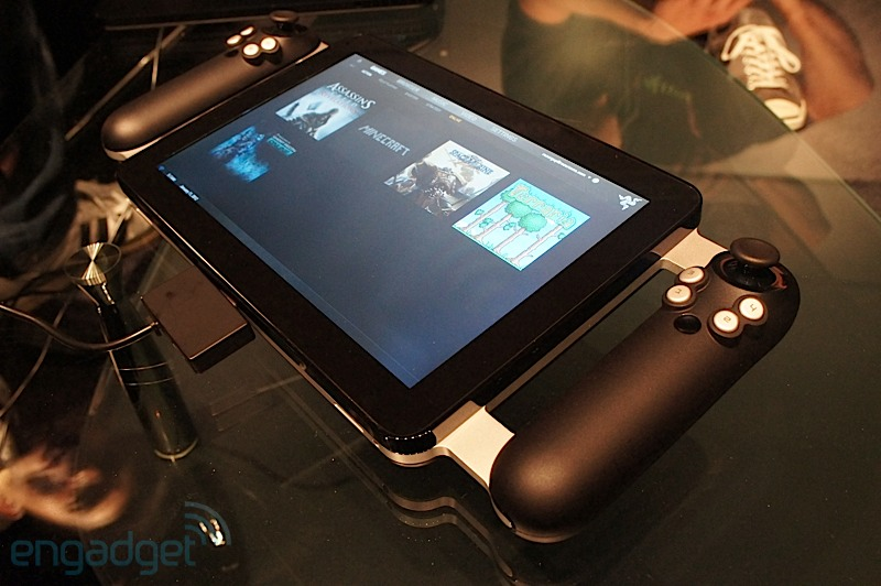 """Project Fiona"" Gamepad Tablet on display at CES 2012"