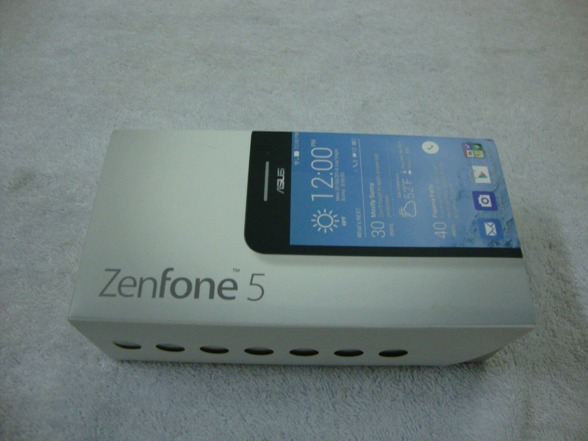 Asus Zenfone 5 Box pictures