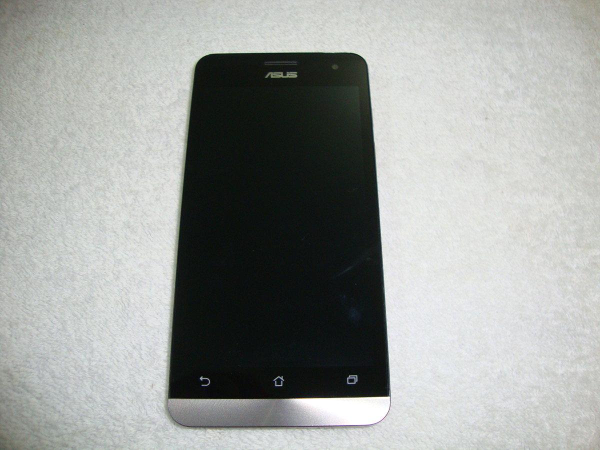 Asus Zenfone 5 front view