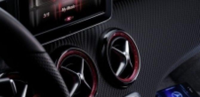 Mercedes Benz integrating Siri